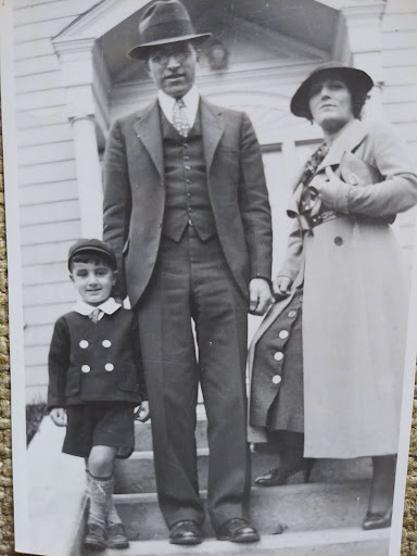 Shant with his mother and father circa 1940